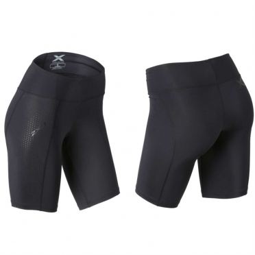 2XU Mid-rise compression short black women