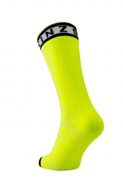 Sealskinz Warm weather mid cycling socks with Hydrostop black/yellow