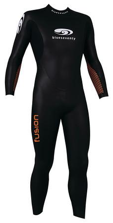 Blueseventy Fusion fullsleeve wetsuit men size SMT  WSFFS12BLK00ML